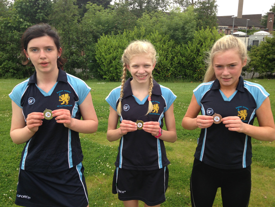 Year 10 Girls 800M