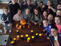 French Club celebrates La fête d'Halloween